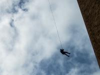 在Albentosa蹦极跳55米