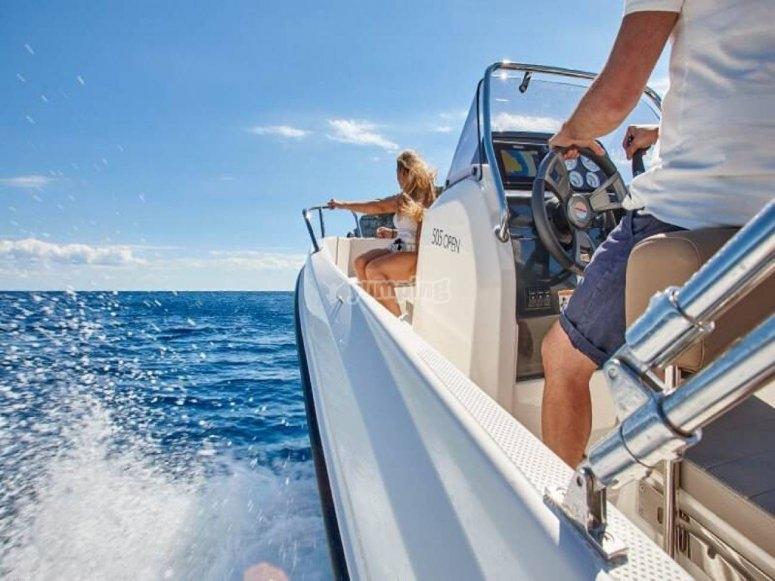Paseo en barco por Alcocéber