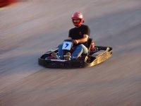 感受驾驶karting的肾上腺素