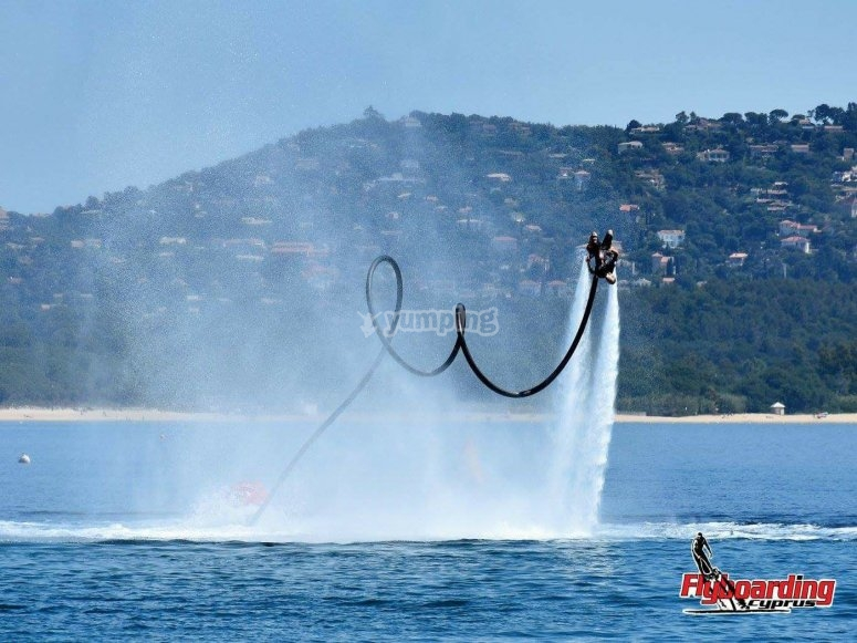 Acrobatics with the flyboard