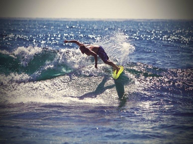 Campamento surf de 8 a 18 años en Coruña
