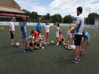 Campionato di calcio Pravia a luglio e agosto 5 giorni
