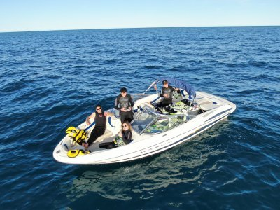 2 tablas jetsurf y barco para 4 personas 2h Dénia
