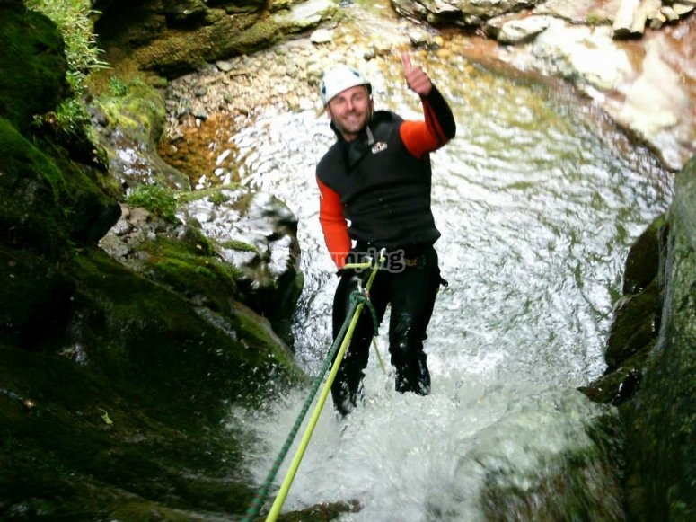 Rappeling in Cantabria