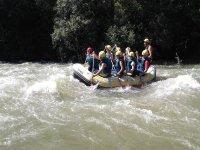 Jornada de rafting en el norte