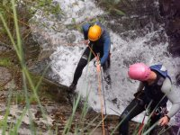 Descenso de barranco con rapel en Asturias