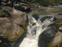 Canyoning river Leza beginner's level children, 3h