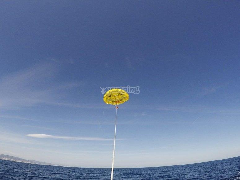 Sobrevolando el Mediterráneo en parascending