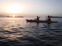 Salida nocturna en kayak Playa de la Ribera