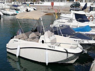 Salida de pesca y navegación Costa de Garraf 3h