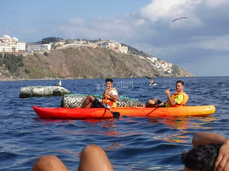 Ruta en kayak biplaza mar abierto Ceuta
