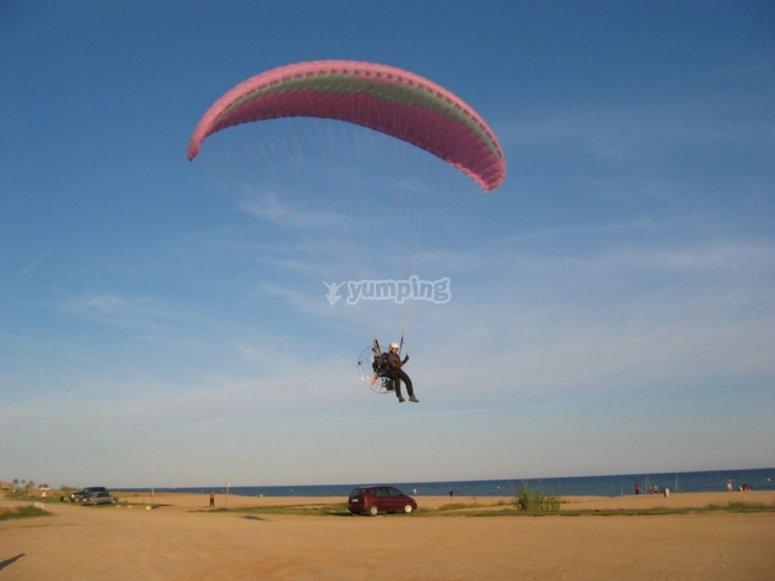 Formación en vuelo de parapente Valencia