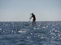 Paddle surf en la costa ceutí