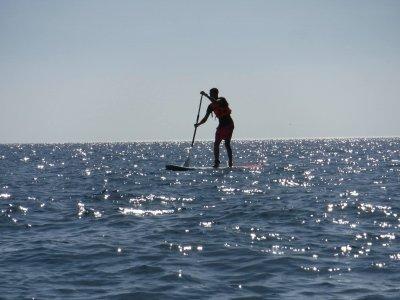 Paseo de paddle surf hacia Playa de Benítez 2 h