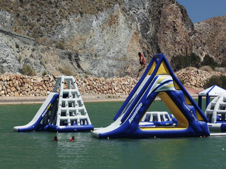 Inflatables aquatic circuit in Almería