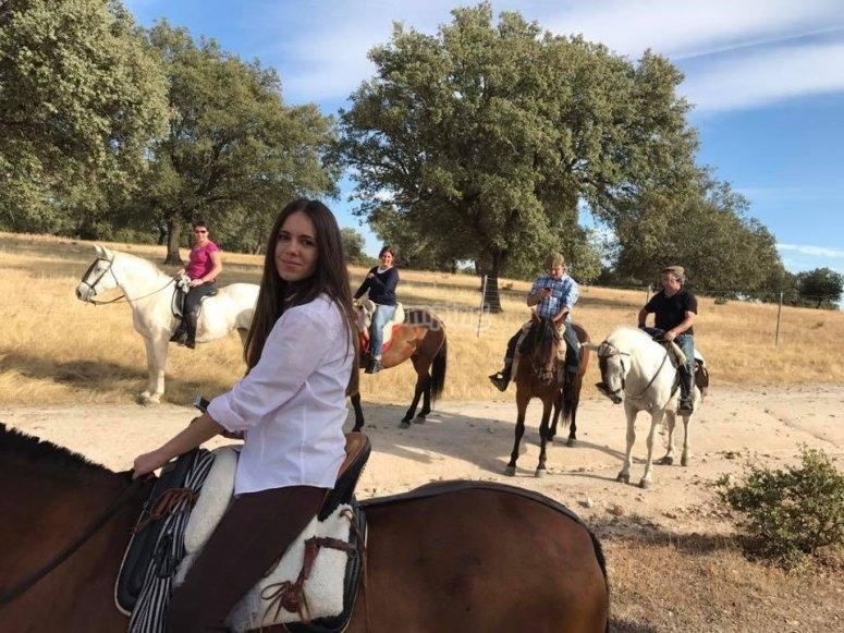 Salida en familia a caballo Valle del Tiétar