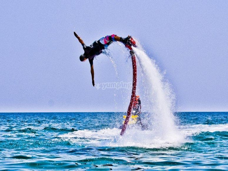 Probando el flyboard Puerto Deportivo Las Fuentes