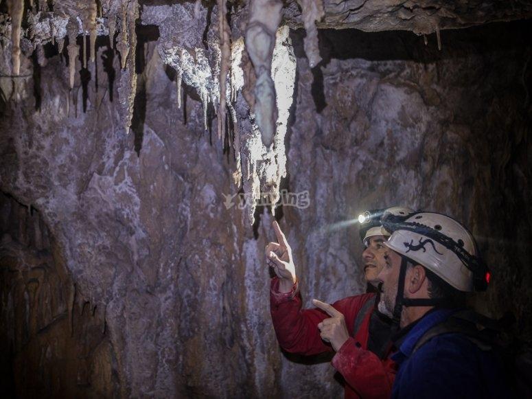 洞穴坎塔布里亚团队建设