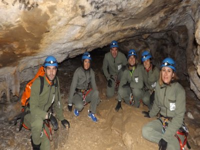 Spelunking in Coventosa cave for Team Building