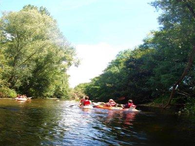 Descenso en Canoa río Miera y Barranquismo grupos