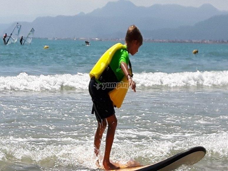 Bono 5 horas clases de surf Alicante