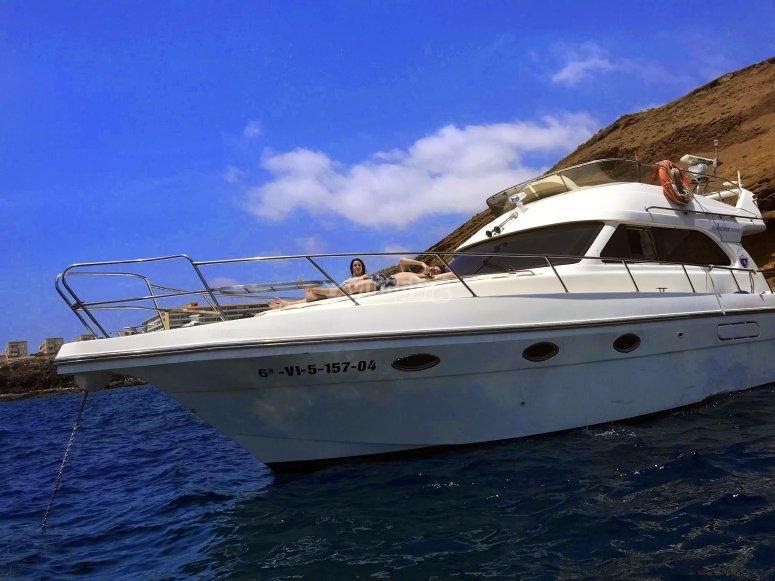 Barco con el que saldremos a bucear