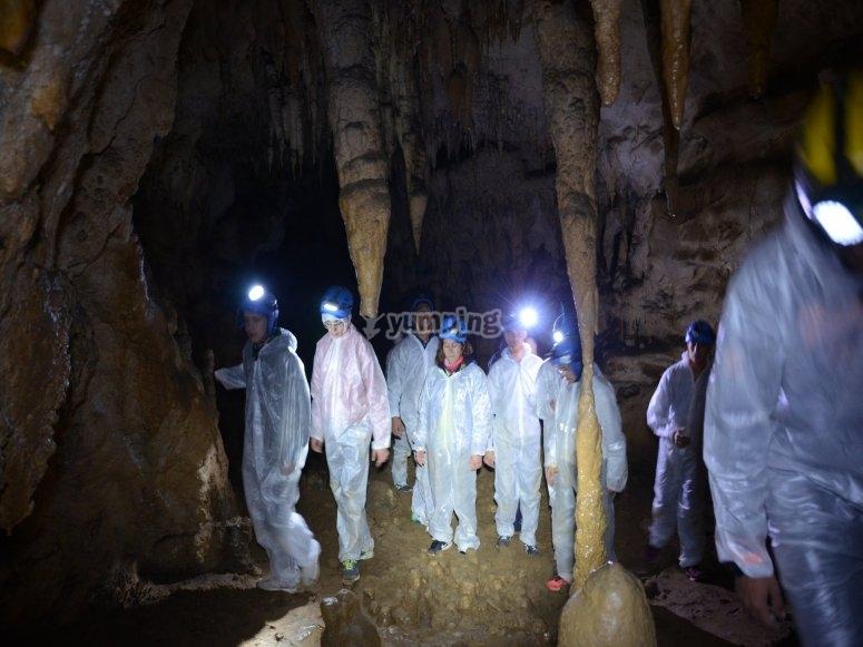 Espeleología cuevas de Cantabria