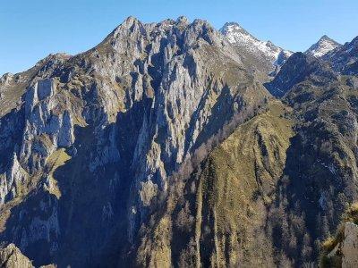 徒步旅行Vindio Ring Picos de Europa
