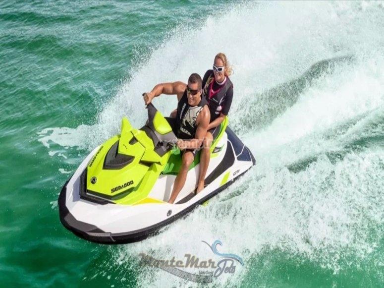 Salidas en motos de agua
