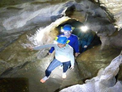 Speleologia a Cueva del Agua a Basconcillos 4 h