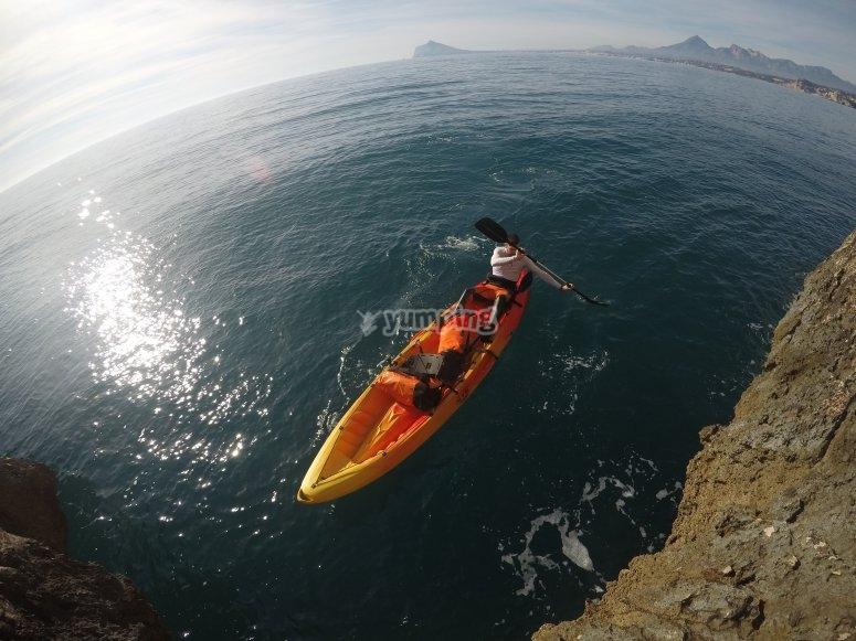 Kayak Calpe aventura en el mar