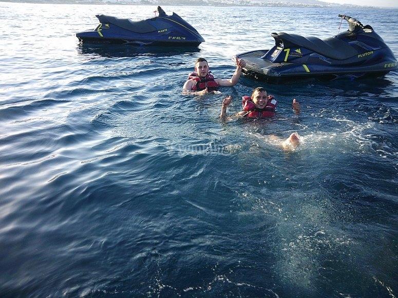 Salidas en grupo moto de agua Almería