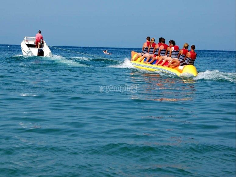 Banana boat en playa Garrucha