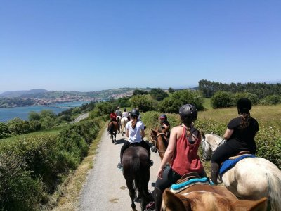 Horse riding route San Vicente de la Barquera 1 h