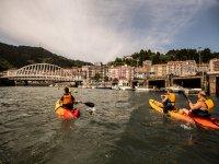 Kayak en el río Artibai