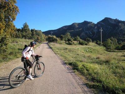 Valderrobres自行车出租1天