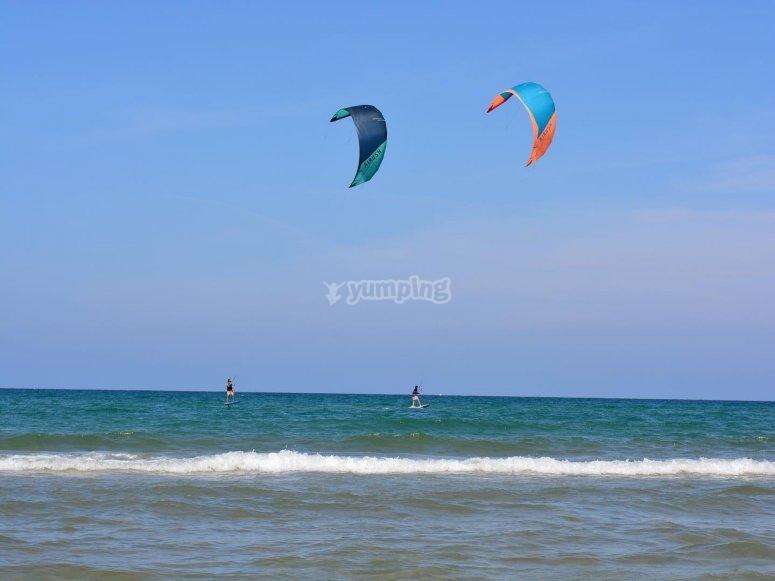 Alquiler material kitesurf en Tarifa 2 horas