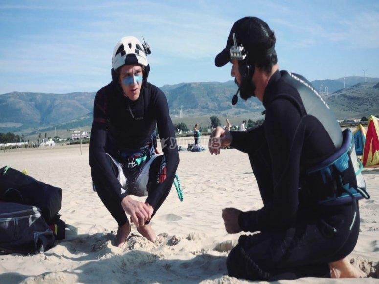 Aprender a hacer kitesurf 2 horas Tarifa