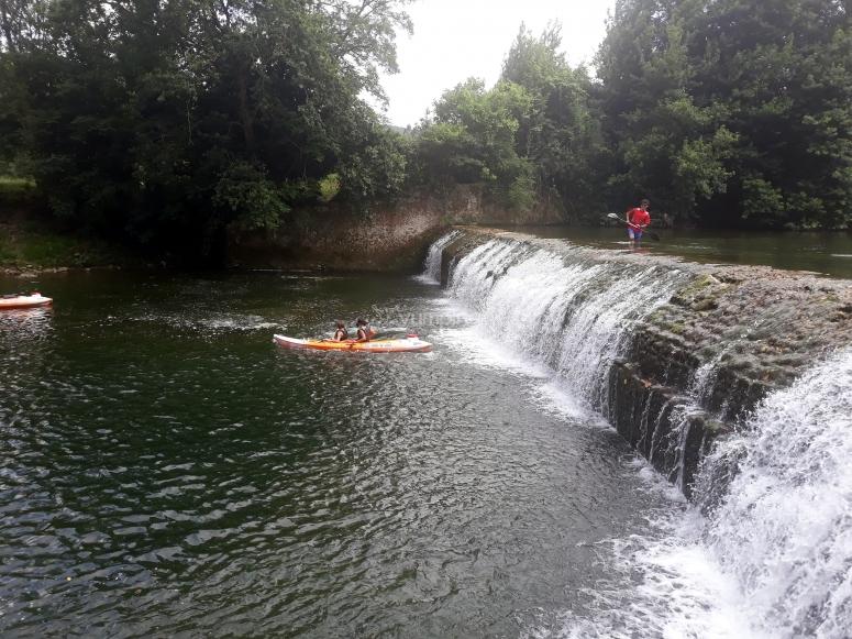 Descenso con kayak río Asón