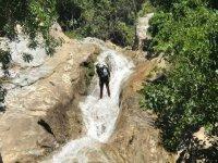 在Yunquera 3h的Rio Grande Zarzalones峡谷
