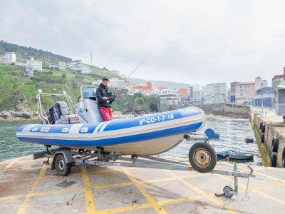 Chárter de pesca en Caión 4 horas con patrón