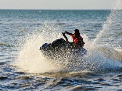 Two-seater jet ski rental in Platja d'Aro 15 min