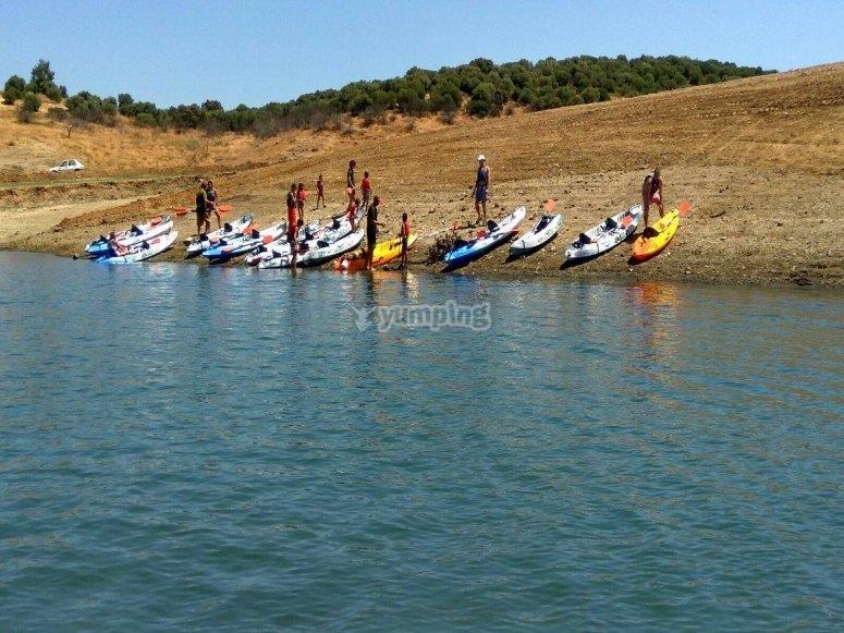 练习独木舟之前在瓜达基维尔