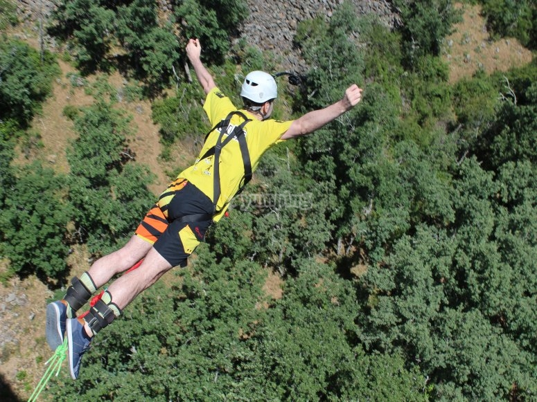 Bungee jump in Madrid