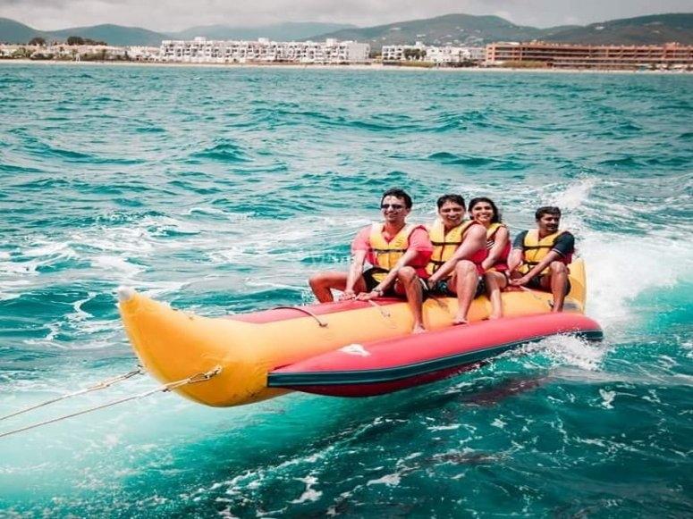 Banana boat en Ibiza