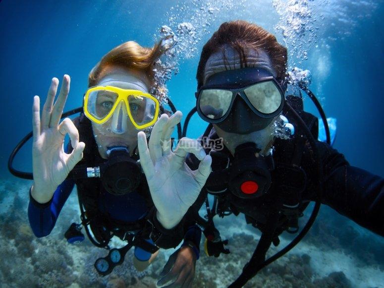 潜水洗礼-拉马里纳港
