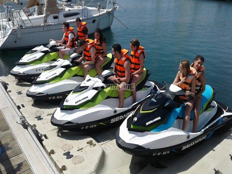 Tour moto de agua grupos Gandía