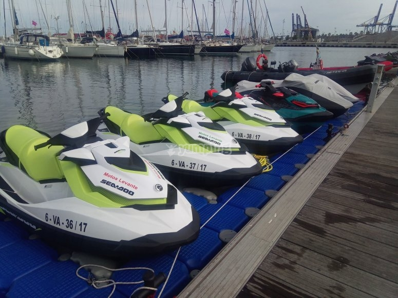 Flota de motos de agua Seadoo