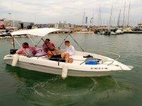 Paseando en barco Valencia