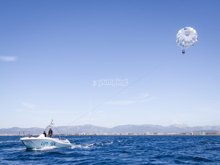 Dalle alture da Maiorca facendo paracadutismo